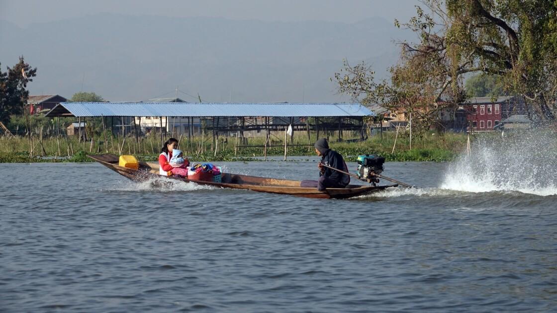 Myanmar Lac Inlé Vers Inpawkhon 2
