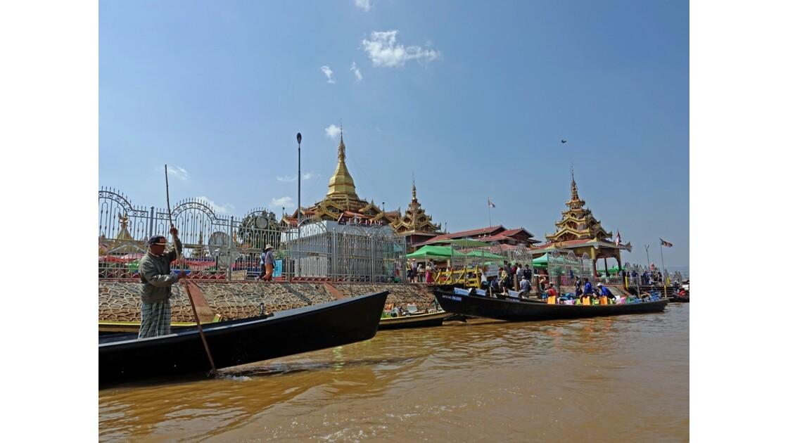 Myanmar Lac Inlé Pagode Phaung Daw Oo