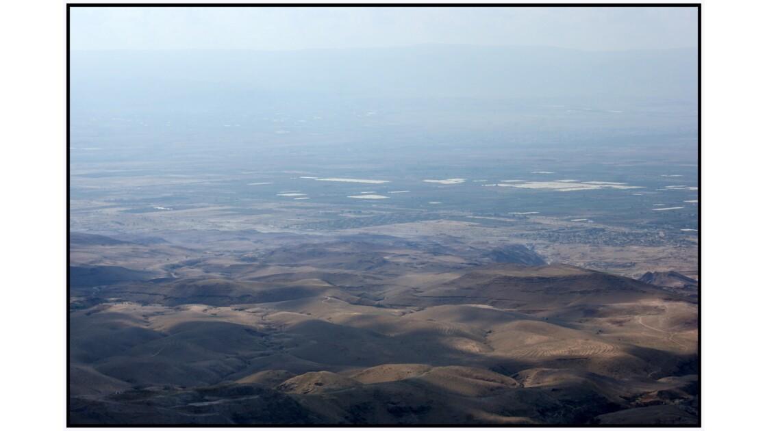Vallée du Jourdain et Mer Morte depuis le Mont Nébo