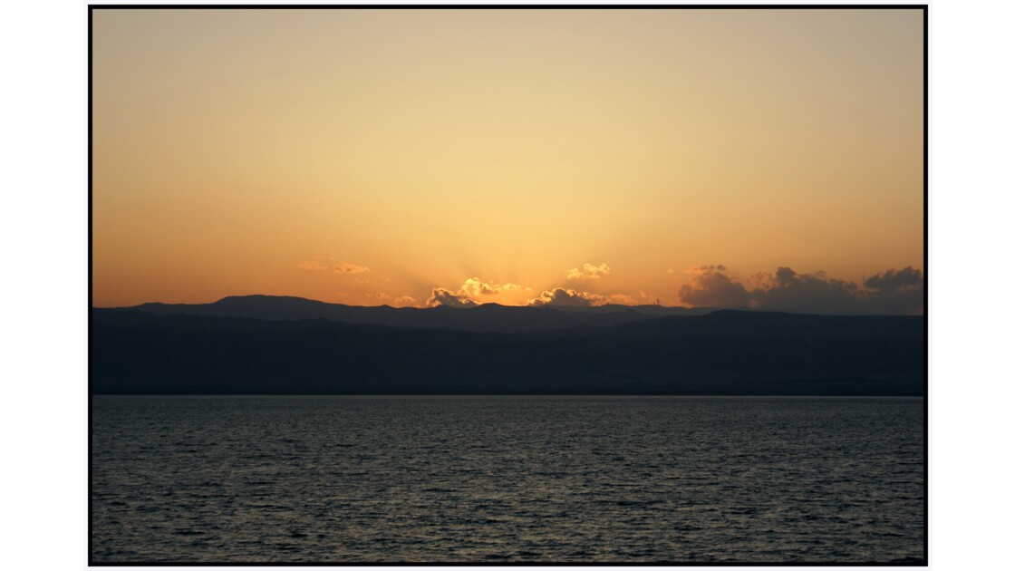 Coucher de soleil sur le Mer Morte