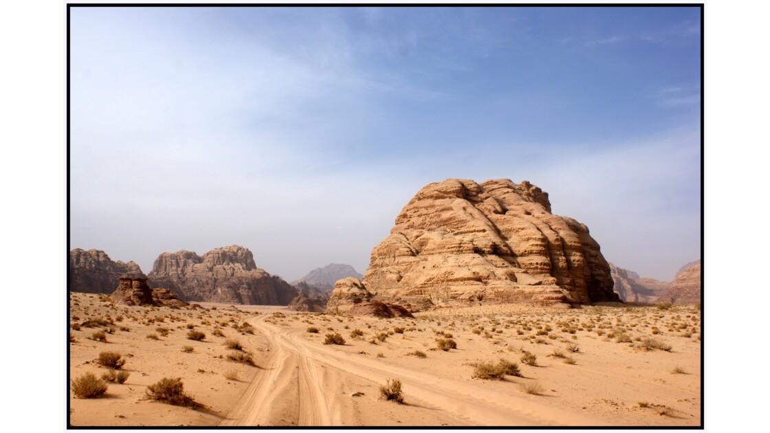 Wadi Rum - Le désert au nord-ouest de Um Fruth