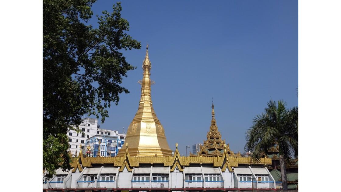 Myanmar Yangon Pagode Sulé vue depuis Mahabandola 2