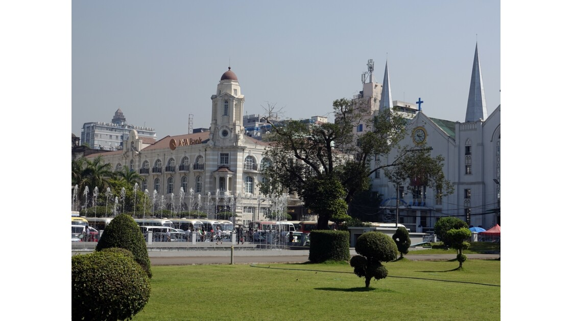 Myanmar Yangon Jardin Mahabandola 5