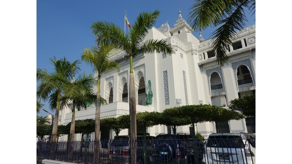 Myanmar Yangon Quartier Colonial  Hôtel de ville 1