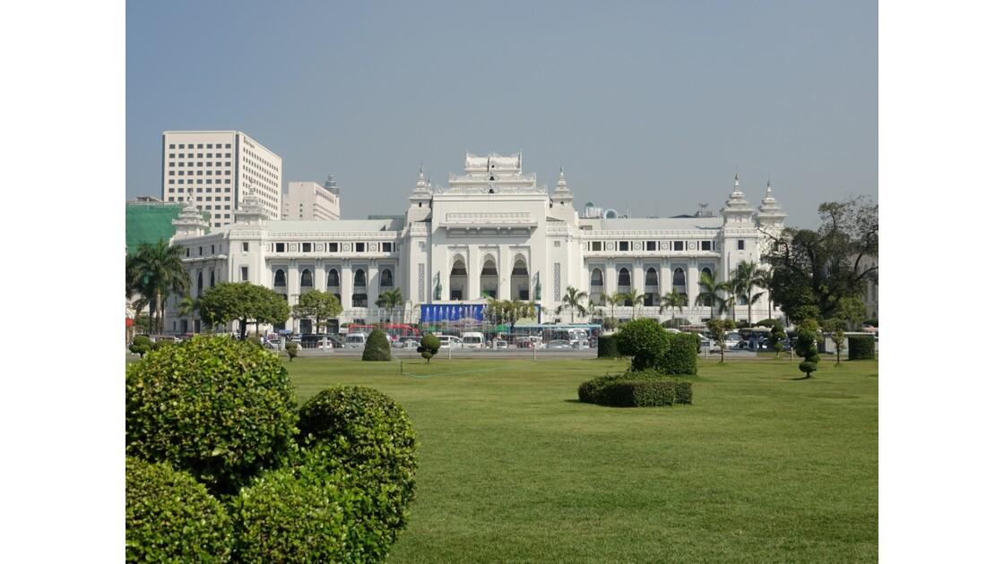 Myanmar Yangon Quartier Colonial  Hôtel de ville 2