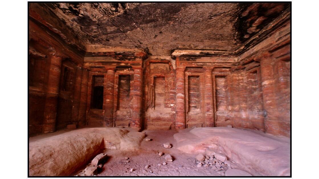 Pétra - Triclinium du Tombeau du Soldat Romain