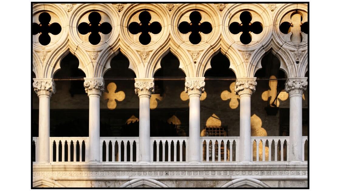 Venise - Loge Foscari du Palazzo Ducale
