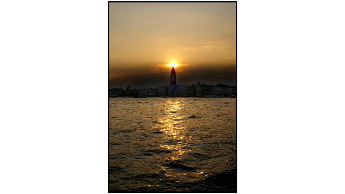 Venise - Coucher de soleil et Campanile