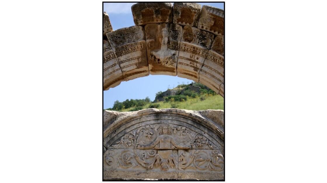 Selçuk, Ephèse - Temple d'Hadrien