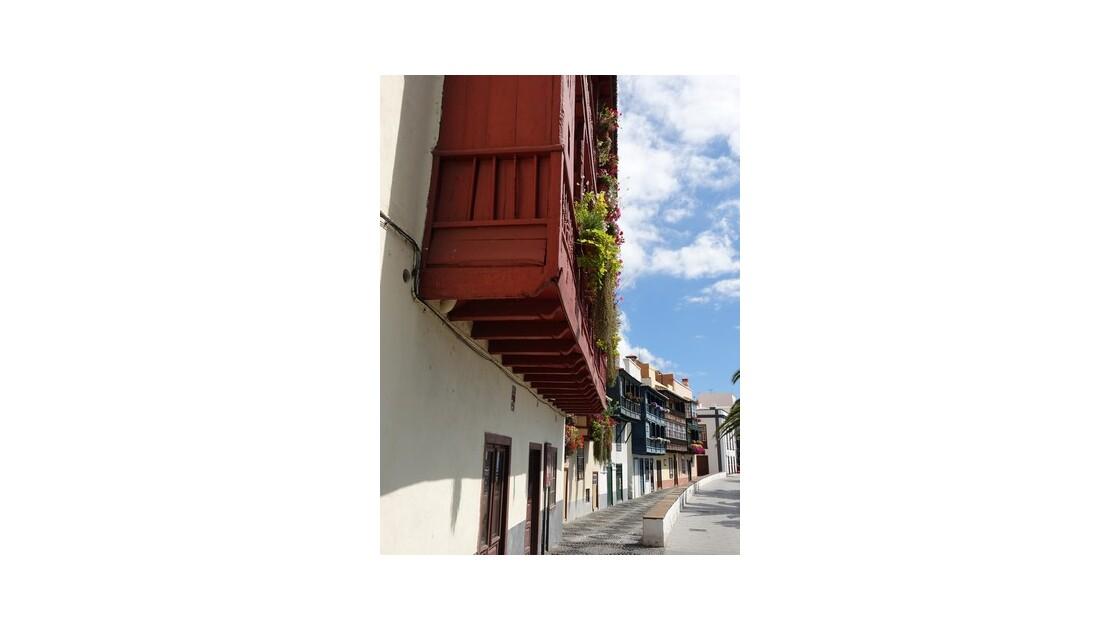 Santa Cruz  de la Palma Maisons le long de l'Avenida Maritima 3