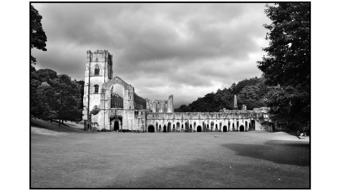 Yorkshire - Fontains Abbey