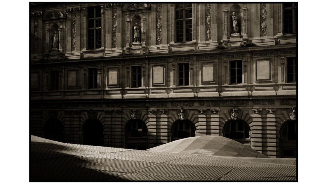 Paris - Le Louvre, Cour Visconti