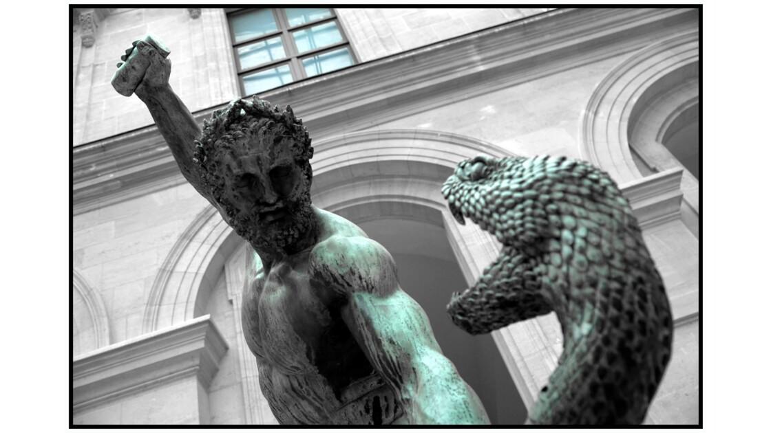 Paris - Le louvre, Cour Puget, François-Joseph Bosio : Hercule combattant Achéloüs métamorphosé en serpent