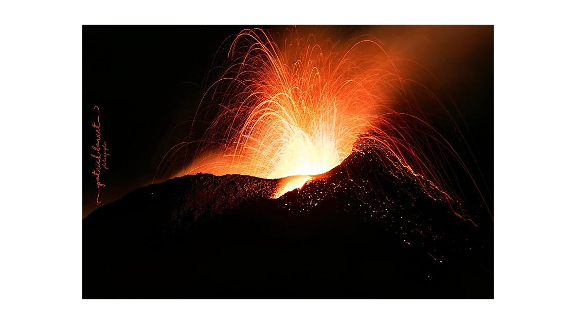 Éruption du 14 juillet 2017 – Sainte Rose – Île de la Réunion © Patrick Barret