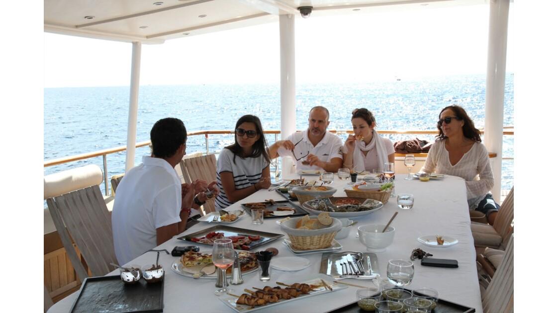 Journée en Yacht à Cannes