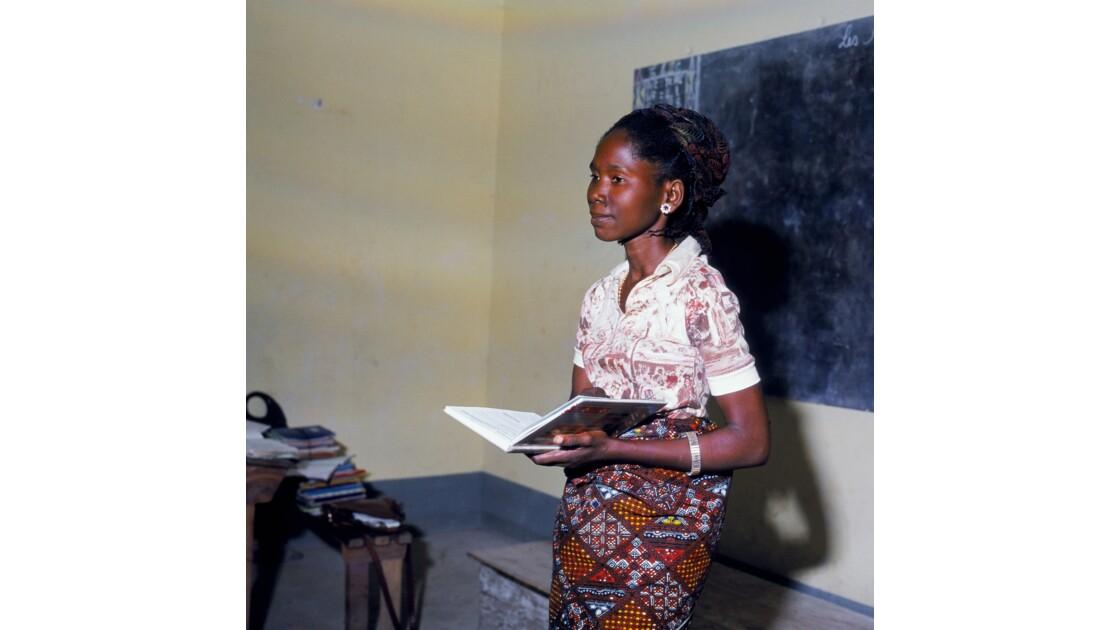 Congo 70 Institutrice à Brazzaville