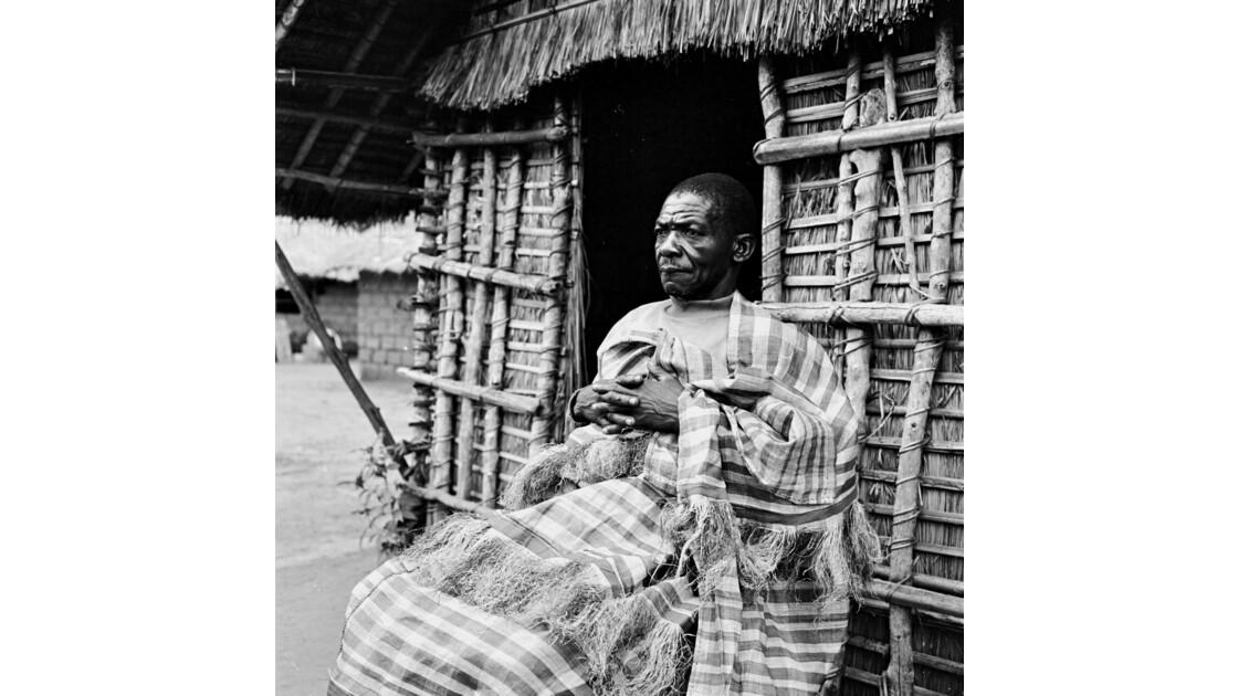 Congo 70 Plateaux Téké Le tisserand de Lékana 6