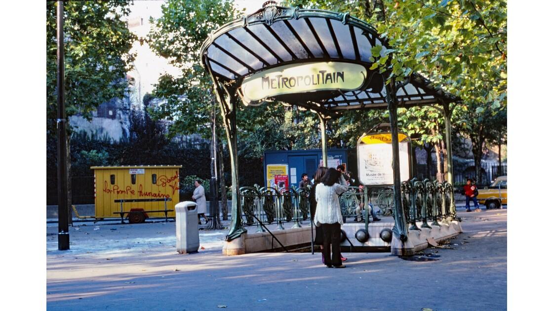 Paris 79 métro « Abbesses » 4