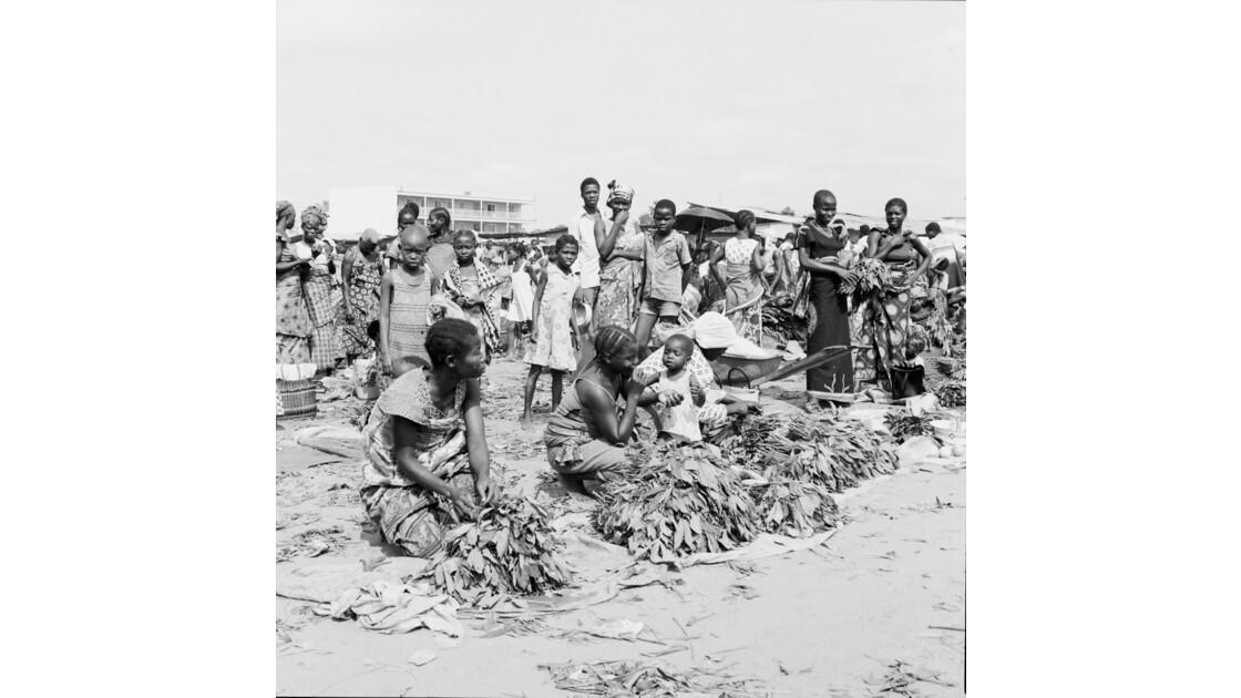 Congo 70 Brazzaville Le marché Total de Bacongo 1