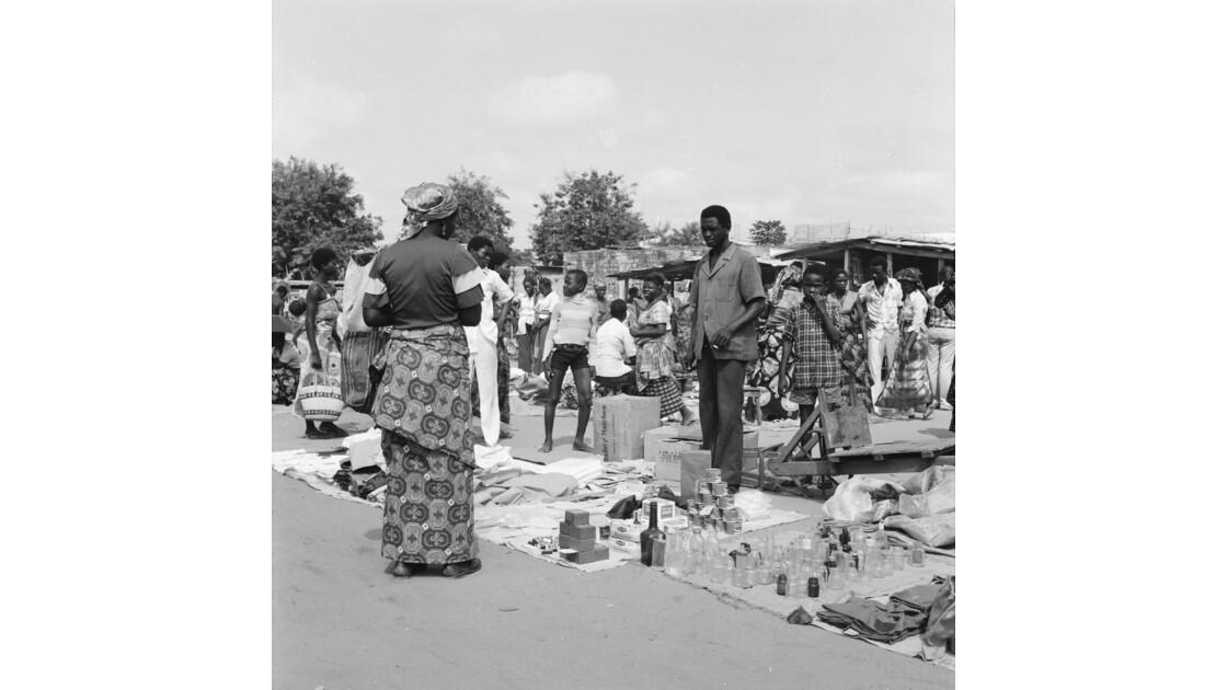 Congo 70 Brazzaville Le marché Total de Bacongo 3