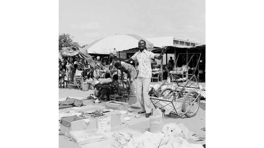 Congo 70 Brazzaville Le marché Total de Bacongo 7