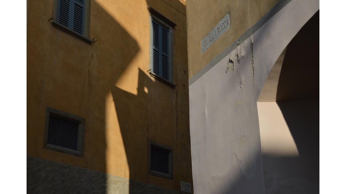 Ombre et lumière à Bergamo