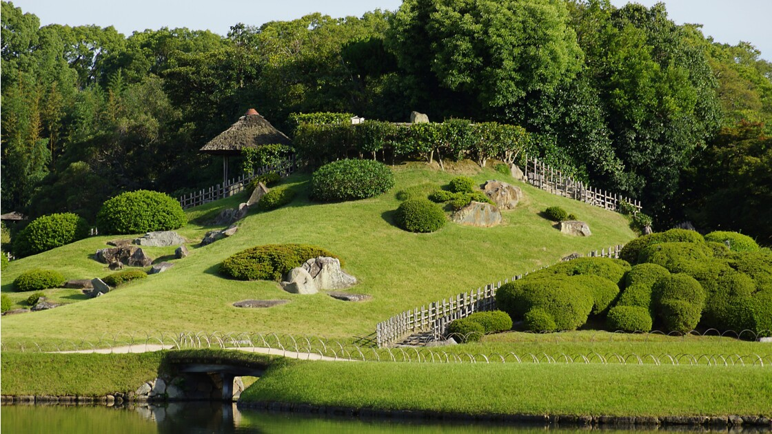 JAPON-Okayama. Promenade dans le jardin Korakuen