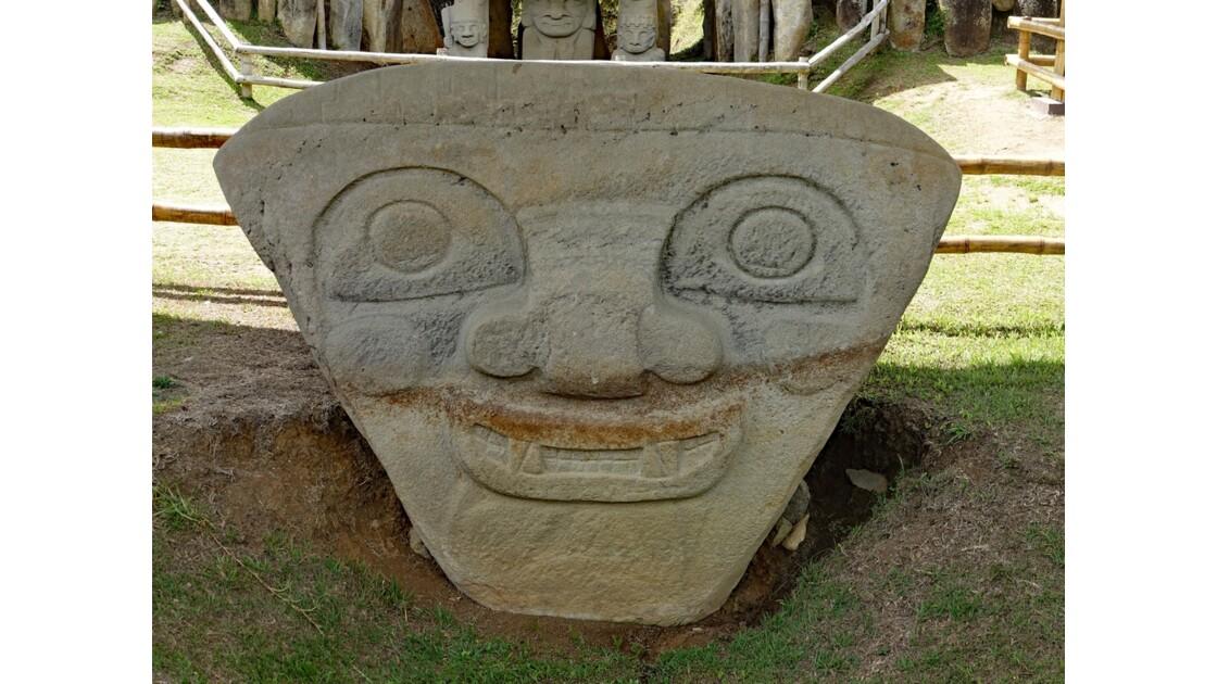 Colombie Colombie Parque Arqueologico de San Agustin Mesita B Tête triangulaire