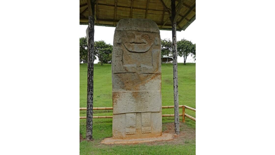 Colombie Alto de Los Idolos Statue la plus haute 1