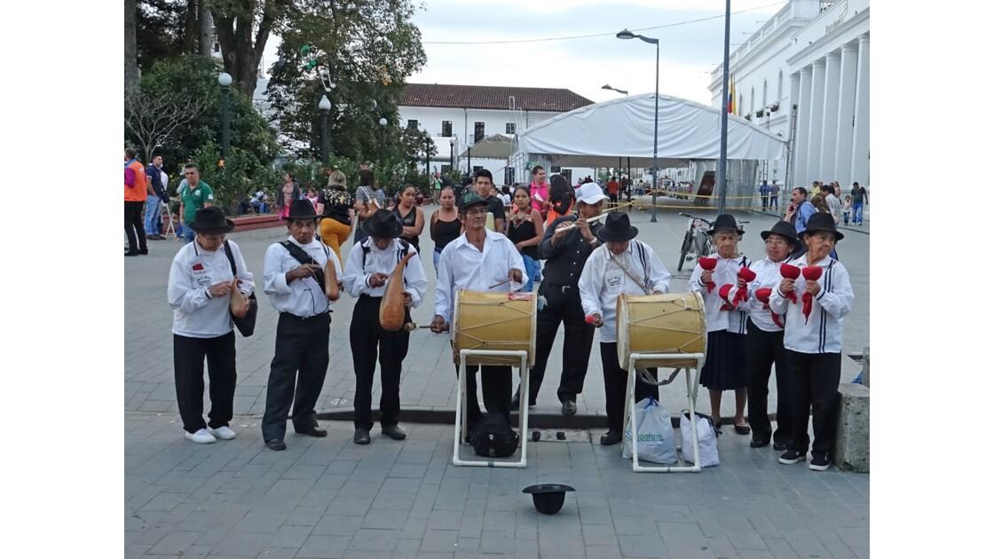 Colombie Popayan Musique au Parque Francisco José de Caldas 3