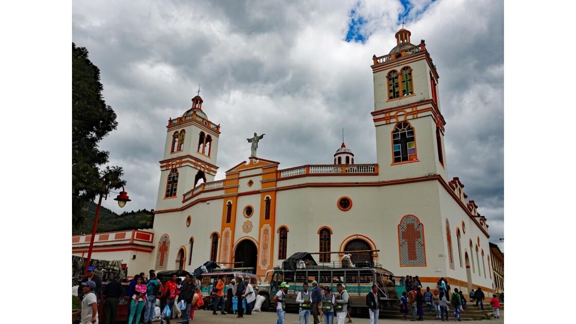 Colombie Silvia Place centrale l'église 1