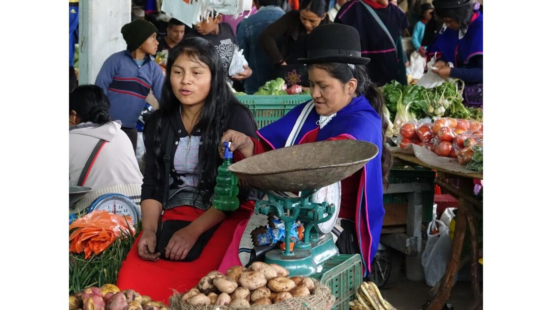 Colombie Silvia le marché aux pommes de terre 11