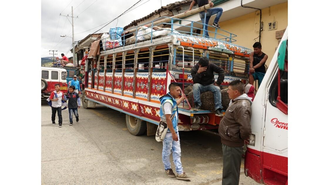 Colombie Les Chivas de Silvia 1