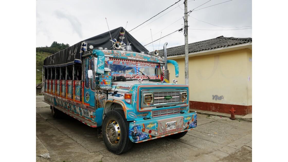 Colombie Les Chivas de Silvia 8