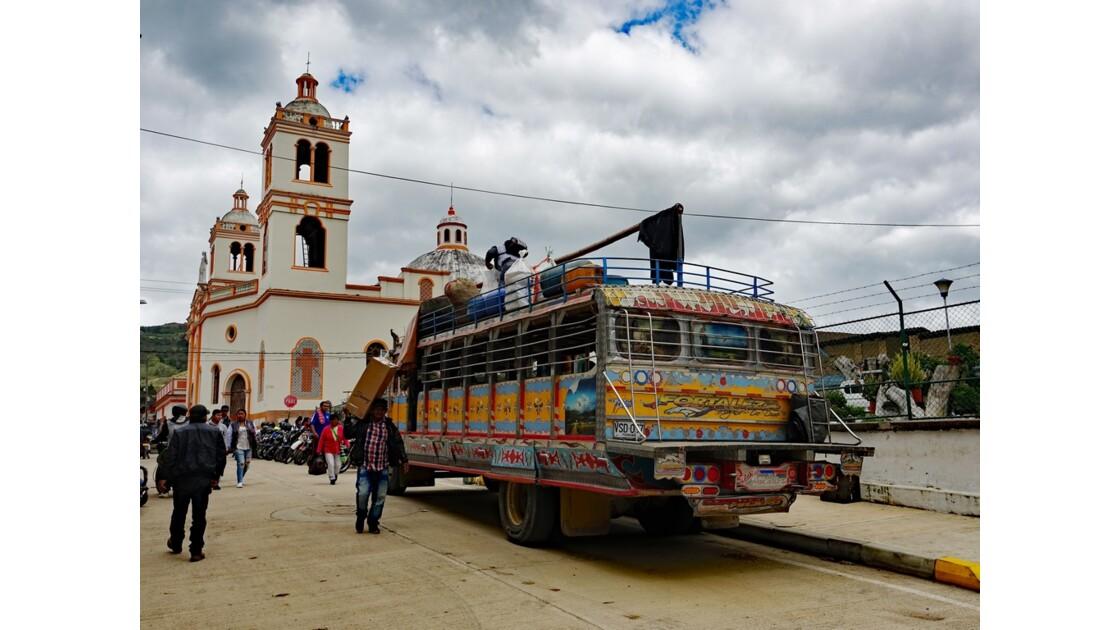 Colombie Les Chivas de Silvia 13