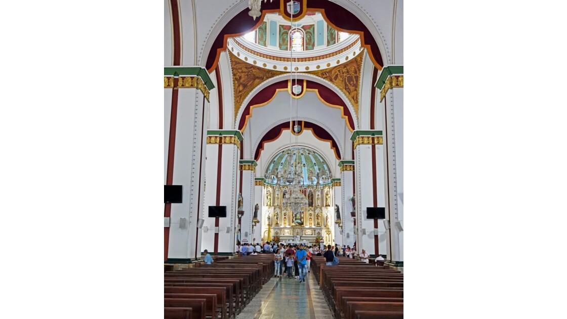 Colombie Buga Basilica del Senor de los Milagros 4