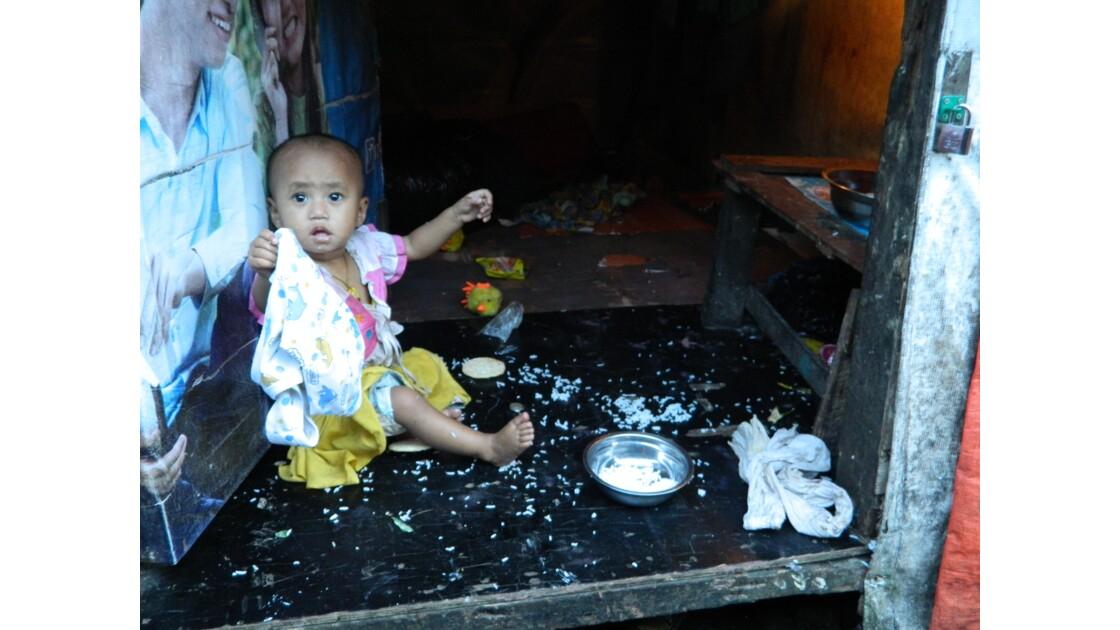 La triste réalité dans les faubourgs de Yangon