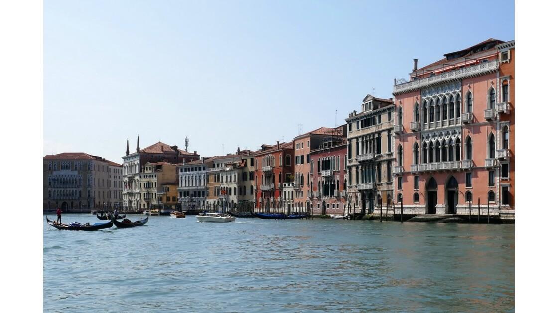 à Venise