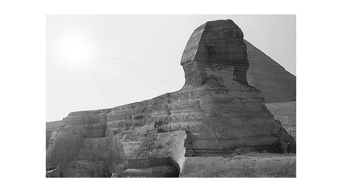 Rayons sur le Sphinx