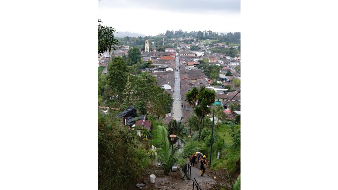 Colombie Salento Mirador d'Alto de la Cruz nettoyage 4