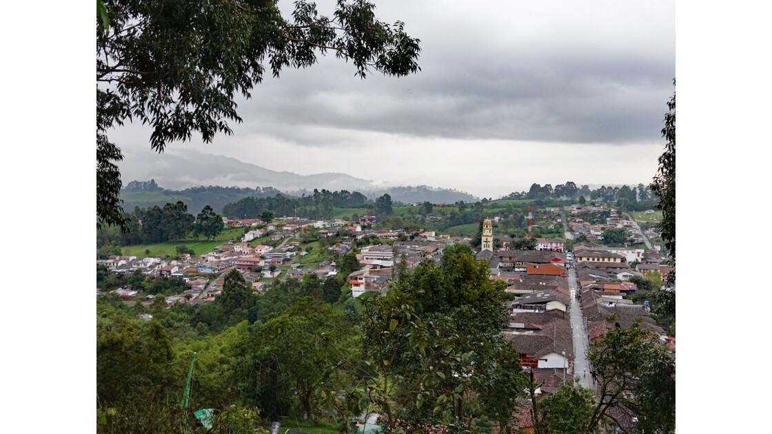 Colombie Salento Calle Real vue du Mirador d'Alto de la Cruz 2
