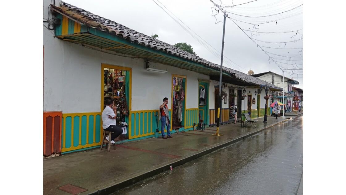 Colombie Salento Calle Real sous la pluie 2