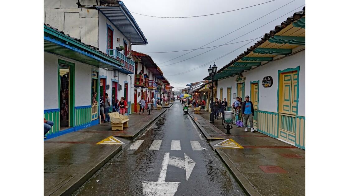 Colombie Salento Calle Real sous la pluie 6