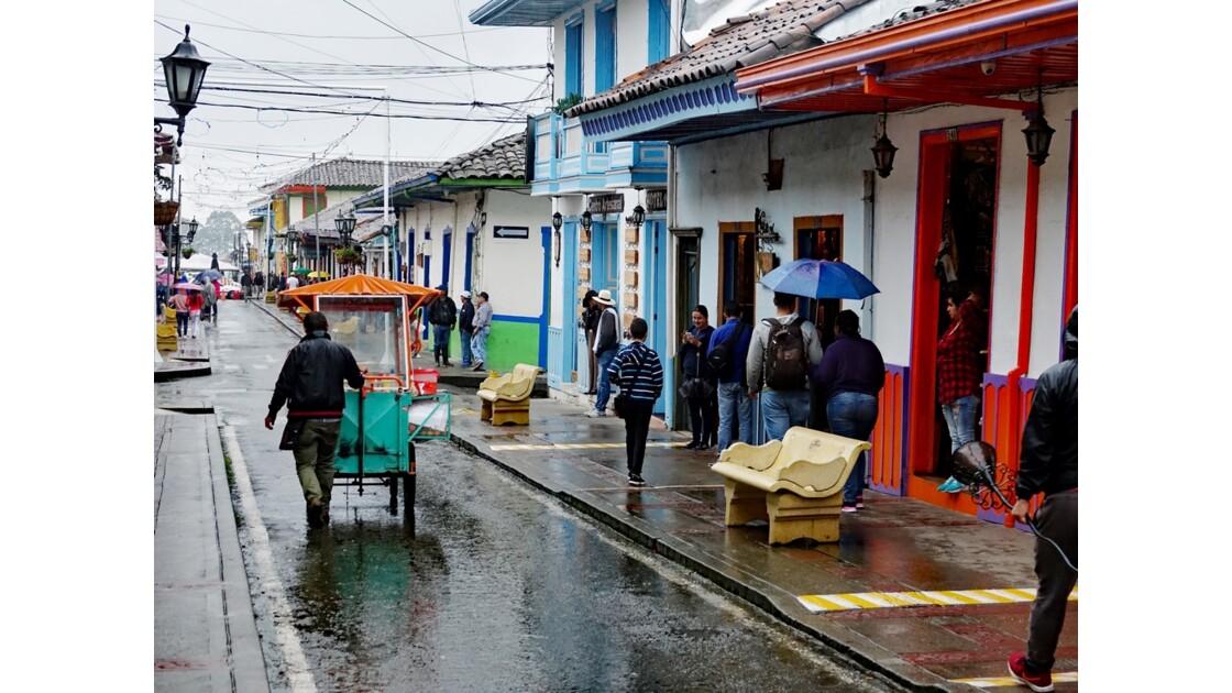 Colombie Salento Calle Real sous la pluie 10