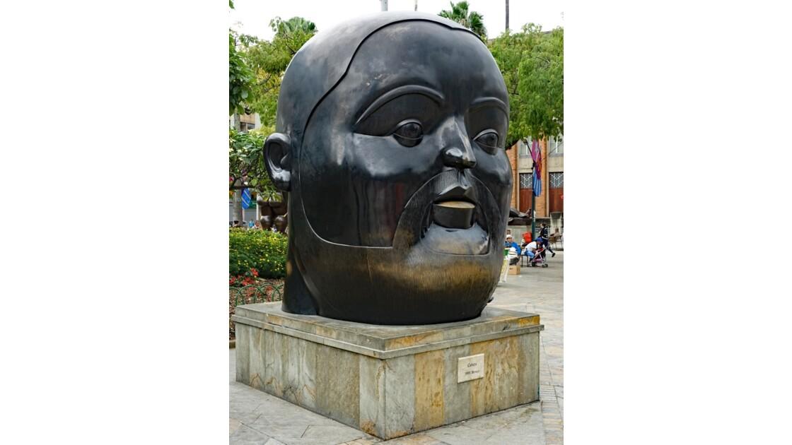 Colombie Medellin Place Botero Cabeza