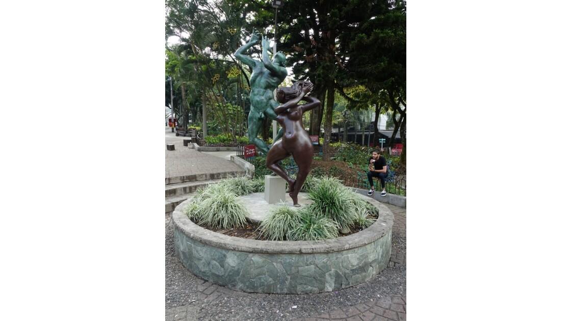 Colombie Medellin El Plobado Parque Lleras 1