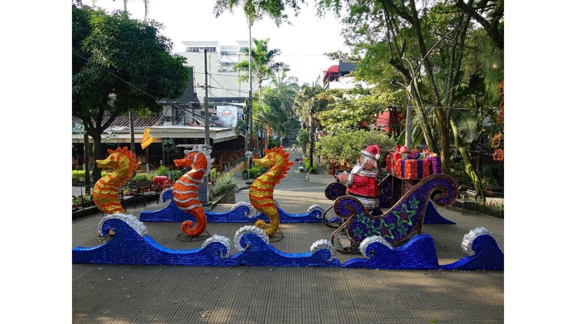 Colombie Medellin El Plobado Parque Lleras 6