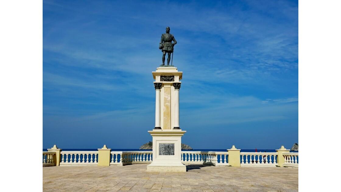 Colombie Santa Marta Monumento a Rodrigo de Bastidas 1