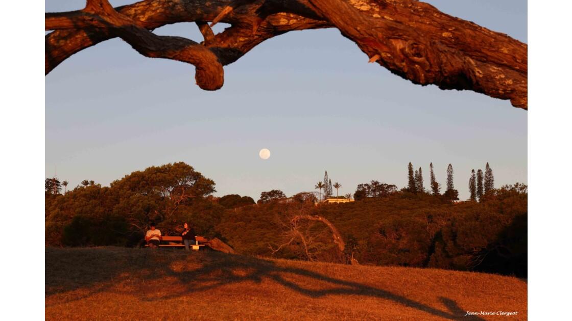 Lever de lune à Ouen Toro