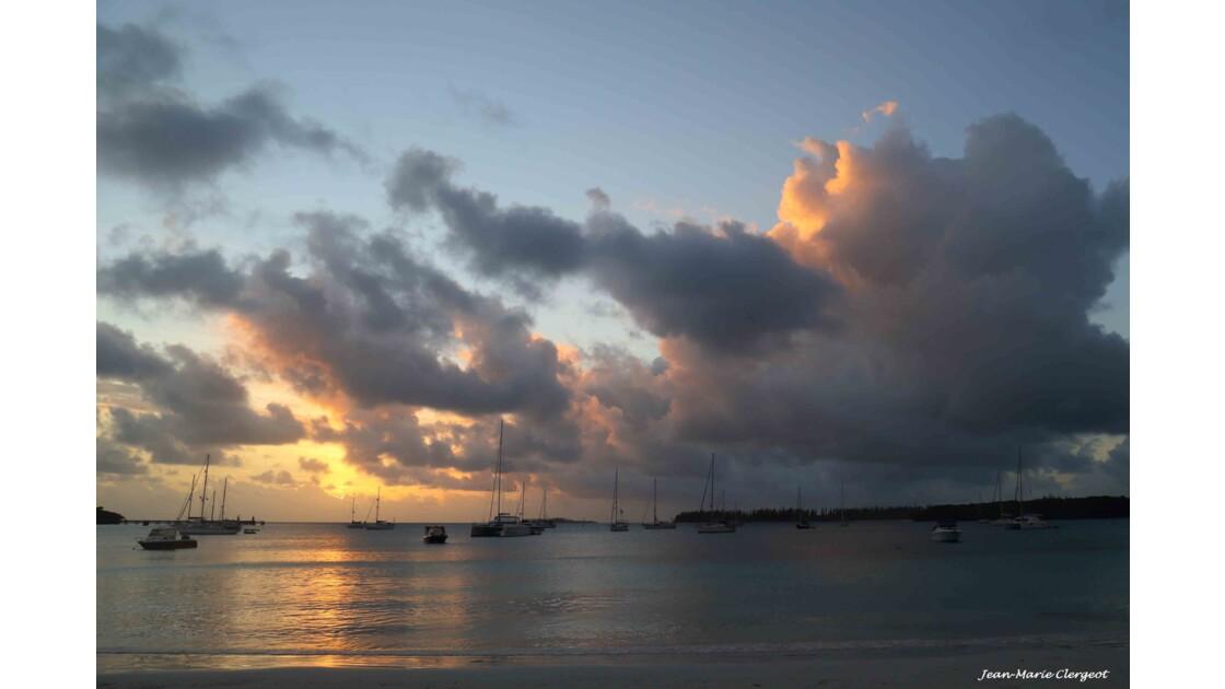 Coucher de soleil sur la Baie de Kuto